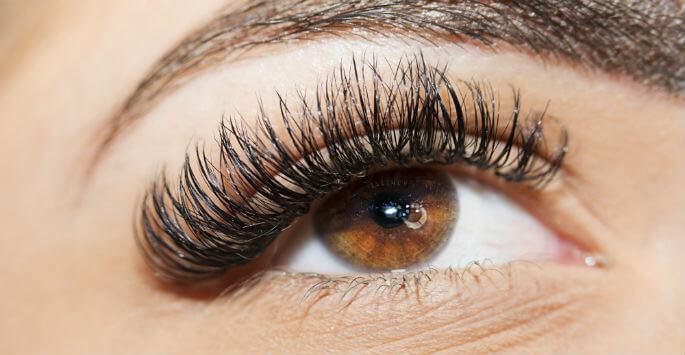 eyebrow tinting / eyelash tinting