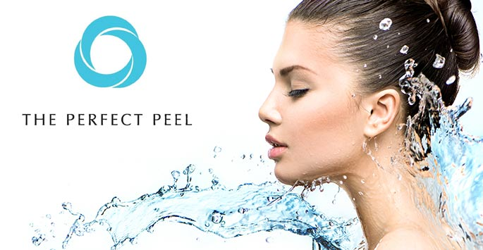 HydraFacial works by removing dead skin cells and impurities all while cleansing, hydrating, and moisturizing the newly resurfaced skin. This soothing and refreshing treatment option can remedy the appearance and sensation of: